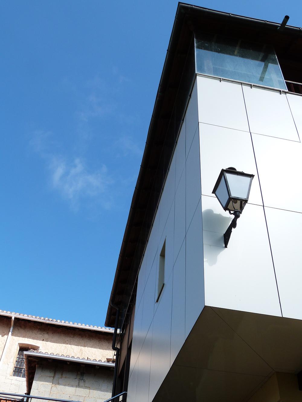 fachadas compacto-fenólico
